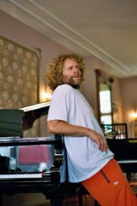 Benny Sings、約2年半ぶりとなるアルバム「Music」を4月9日にリリース!