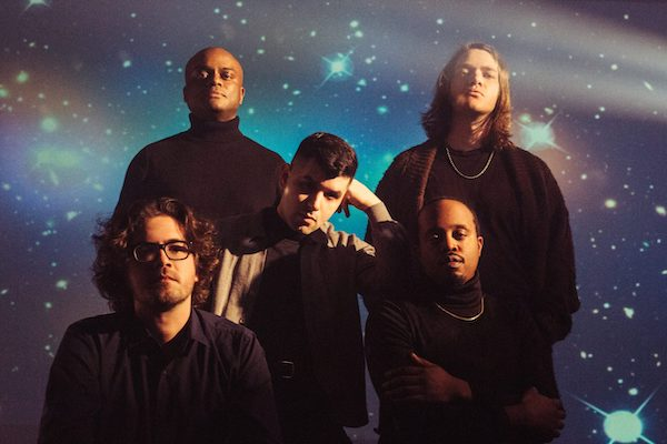 Durand Jones & The Indications、最新アルバム『Private Space』をリリース!
